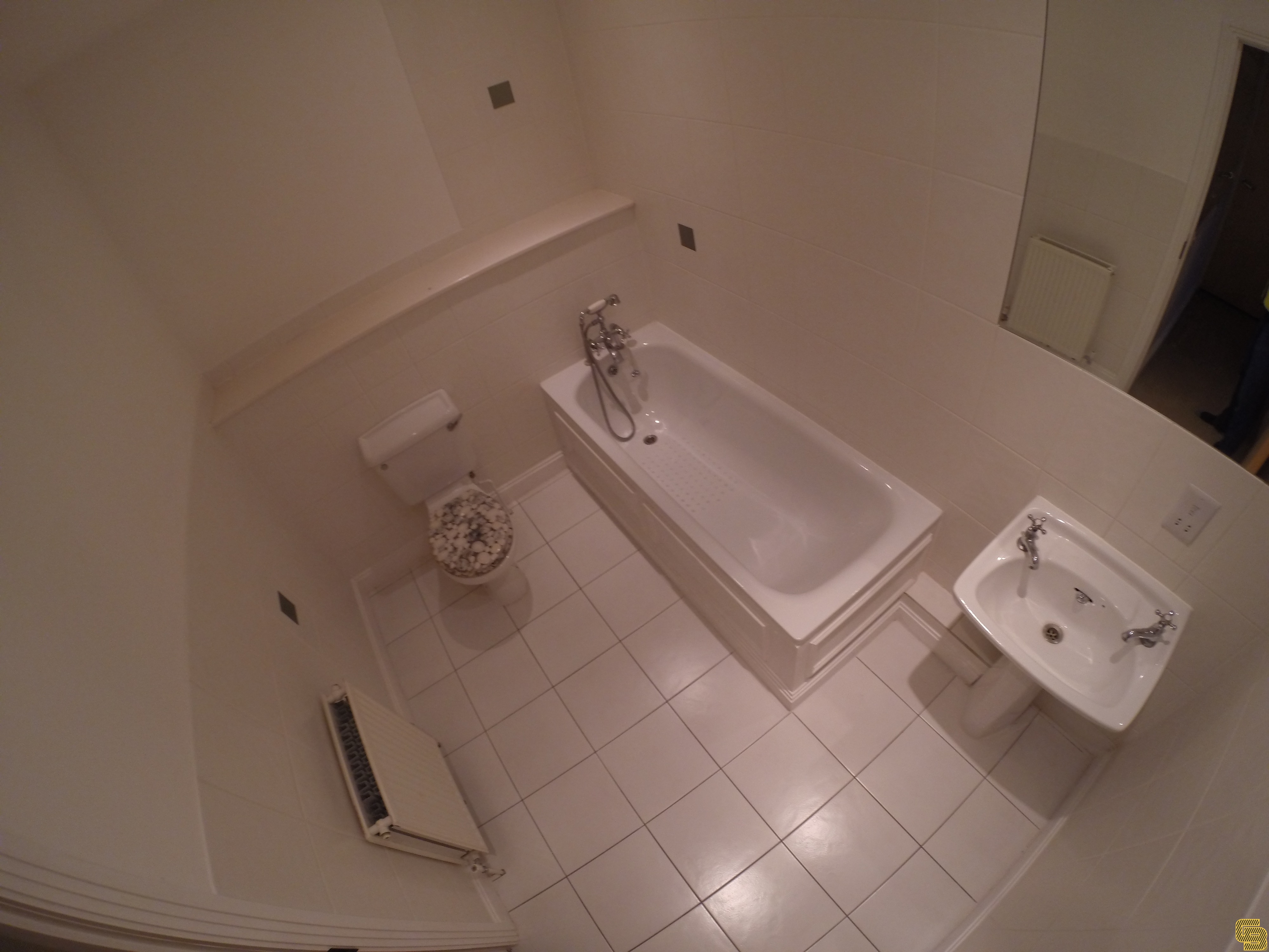 Budget Bathroom Renovation (Before)