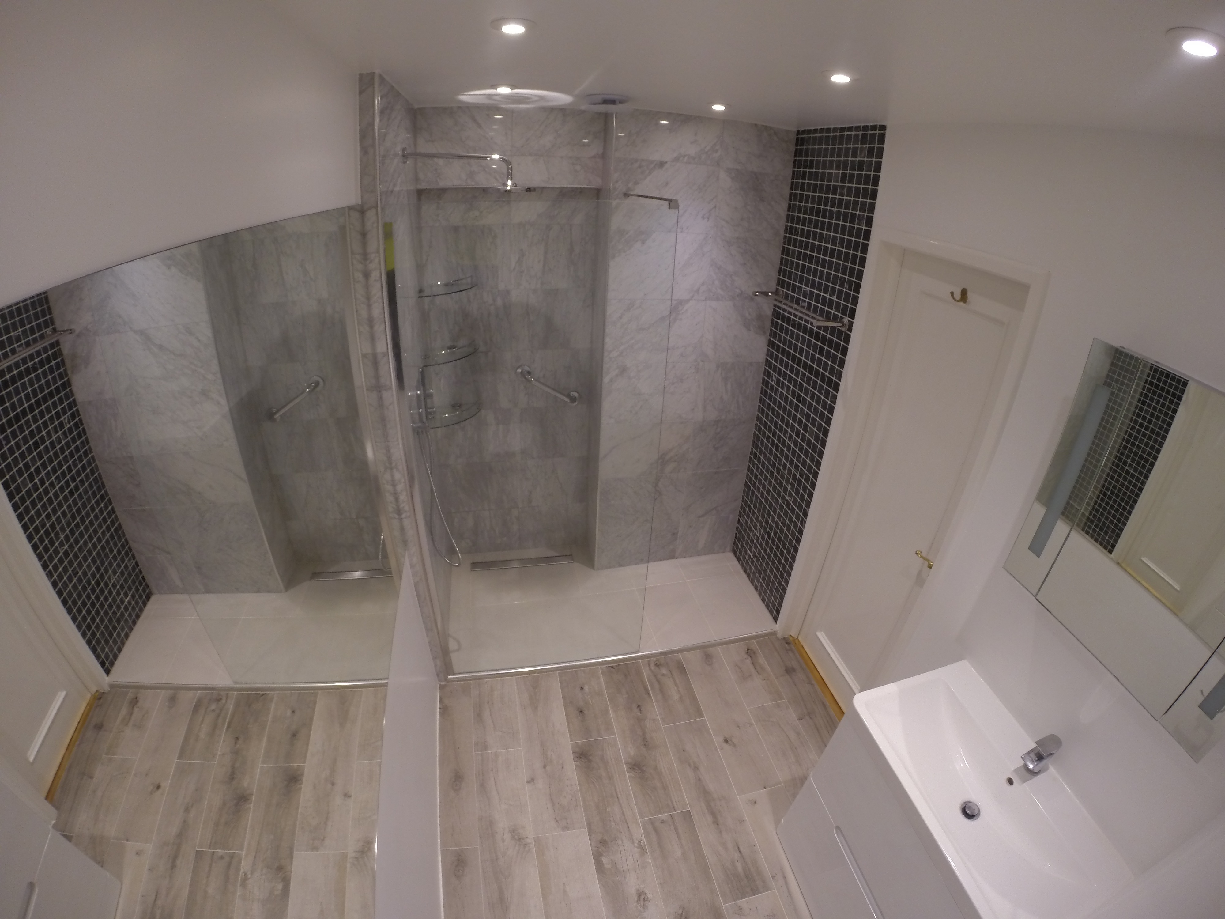 Wet room at High Street Kensington (After)