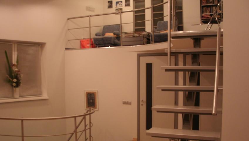 Multi level flat